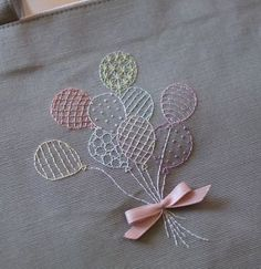 Most recent Images simple embroidery flowers Style Stickfadenentferner Stickmuster Südafrika Stickerei Baby Embroidery, Simple Embroidery, Learn Embroidery, Hand Embroidery Stitches, Silk Ribbon Embroidery, Hand Embroidery Designs, Embroidery Techniques, Cross Stitch Embroidery, Baby Girl Embroidery Ideas