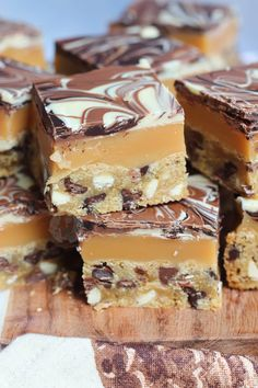 Triple Chocolate Chip Cookie Bars, with Homemade Caramel, and a Triple Chocolate Swirled Layer. Drip Cake Recipes, Milk Recipes, Cheesecake Recipes, Baking Recipes, Cookie Recipes, Dessert Recipes, Bar Recipes, Lemon Cheesecake, Mini Desserts