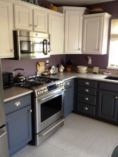 35 Two Tone Kitchen Cabinets To Reinspire Your Favorite Spot In The House - ThefischerHouse Two Tone Kitchen Cabinets, Built In Cabinets, Kitchen Cabinet Design, Kitchen Redo, Custom Cabinets, New Kitchen, Kitchen Dining, Kitchen Remodel, Basement Kitchen