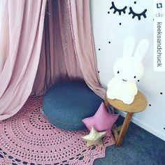 binhartes INSPIRAÇÃO DA MANHÃ tudo fofo tuudo lindo #inspiracao #instacrochet #crochelovers #crocheaddict #crochet #crocheteiras #feitoamao #handmadecrochet #penyeip #tejer #ganchilloxxl #uncinetto #trapillo #yarn #knit #craft #croche #crochet  @keeksandchuck