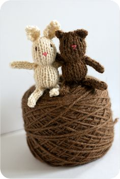 Ravelry: Teeny tiny knitted toys pattern by Little Cotton Rabbits