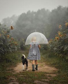 Umbrella Photography, Spring Photography, Amazing Photography, Dog Umbrella, Under My Umbrella, Your Best Friend, Best Friends, Rain Photo, Walking In The Rain