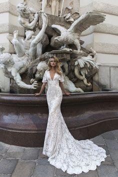 8fe87830842 Krajkové svatební šaty Crystal 2018 Wedding Dresses Trends
