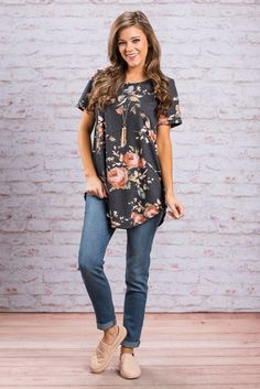 """""""Down My Own Path Top, Navy""""This casual top will take you down you very own path of comfort and cuteness! The floral print is so pretty and has been super popular! #newarrivals #shopthemint"""