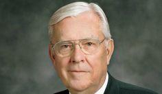 Resposta incrível do Elder Ballard para amigo que não queria viver. Leia em: http://mormonsud.net/a-igreja-de-jesus-cristo/resposta-elder-ballard-a-seu-amigo/