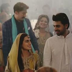 The Teaser For 'Suno Chanda Just Dropped And It's Everything You Could've Hoped For Celebrity Memes, Celebrity Outfits, Celebrity Couples, Pakistani Dramas, Pakistani Actress, Cute Disney Pictures, Sweet Love Story, Iqra Aziz, Best Dramas