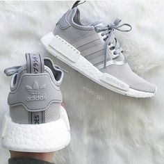 "24 k mentions J'aime, 110 commentaires - ☯ ADIDAS ☯ (@adidasshoeshut) sur Instagram : ""Grey  ©xstylebl0gger Shopping link in bio ❤"""