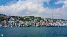 فافزع إلى الله واقرع بابَ رحمتهِ فهو الرجاءُ لمن أعيت بهِ السُبلُ وإن أصابكَ عُسْرٌ فانتظرْ فرجًا  فالعسرُ باليسرِ مقرونٌ ومتصل ُ يا رب يا رحيم 🍃🌼🌙  ©Rose photography 🎀 #goodmorning #morning #sea #city #cityscape #tourism #tour #trip #travel #istanbul #turkey #marmara_sea #goldenhorn #sky #clouds #view #تصويري #صباح_الخير #مدن #اسطنبول #تركيا #بحر_مرمرة #شعر #اشعار_دينيه #يا_رب #تفاؤل #أمل #بحر #سماء #غيوم