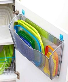 42 Small Kitchen Organization And DIY Storage Ideas apartementdecor.c… 42 Small Kitchen Organization And DIY Storage Ideas apartementdecor. Small Kitchen Organization, Diy Kitchen Storage, Diy Kitchen Cabinets, Diy Organization, Organizing Ideas, Organized Kitchen, Inside Cabinets, Decorating Kitchen, Kitchen Remodeling