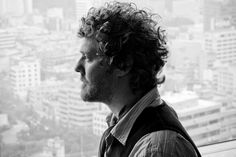 Swell Season's Glen Hansard  © Conor Masterson 2011