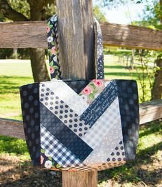 Jolly Braid Tote Bag Pattern