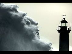 13 Breathtaking Moments When #Lighthouses Said NOPE To The Ocean's Fury - Swifty.com http://www.roanokemyhomesweethome.com/