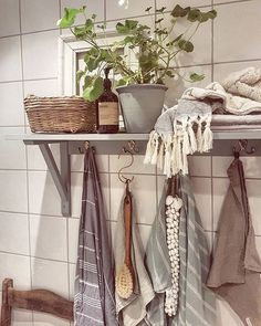 Laundry Room Bathroom, Bathroom Inspo, Bathroom Inspiration, Bathroom Ideas, Bath Room, Beautiful Interior Design, Woodworking Furniture, Scandinavian Interior, Home Collections