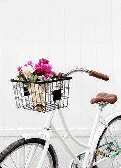 DIY: wire bike basket