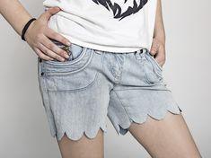 DIY-Anleitung: Shorts mit Bogenkante am Saum anfertigen via DaWanda.com