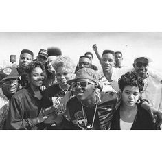 [image source: @rap.oldschool]  This is from where they all boycotted the Grammys for not televising the rap categories in 1989.  Kid N Play, Salt and Pepa, Fresh Prince and Jazzy Jeff, Chuck D and Flav & Slick Rick The Ruler.  #kidnplay #saltnpepa #freshprince #willsmith #jazzyjeff #chuckd #flavorflav #rundmc #slickrick #hiphopjunkie #hiphopmusic #hiphophead #oldschoolhiphop #classic #rap #music #hiphop #grammy #eastcoast #newyork #nyc #brooklyn #westcoast #california #la #losangeles…