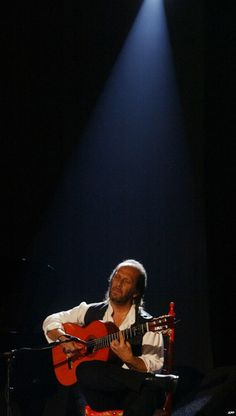 Paco de Lucia dies at age 66 in February 2014 ******{FCR}******