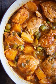 Cuban Chicken Fricassee (Fricase de Pollo) - Coco and Ash - The Best Cuban Recipes Mexican Food Recipes, New Recipes, Dinner Recipes, Cooking Recipes, Favorite Recipes, Healthy Recipes, Ethnic Recipes, Spanish Food Recipes, Chicken Fricasse Recipe