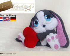 Bernadette the Bunny Crochet Pattern by EELZcrochet on Etsy