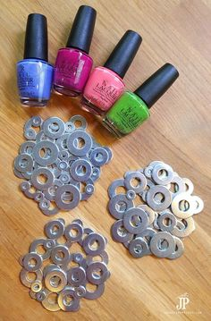 How to Make Metal Washer Coasters - Painted with Nail Polish! - How to Make Metal Washer Coasters – Painted with Nail Polish! Nail Polish Painting, Old Nail Polish, Nail Polish Jewelry, Nail Polish Crafts, Nail Polish Storage, Nail Polish Hacks, Natural Nail Polish, Diy Crafts To Sell, Diy Crafts For Kids