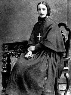 Pérolas Finas: Francisca Xavier Cabrini : uma vida dedicada ao se...
