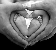 www.clinicastoma.com te aconseja: Estas navidades regala cariño y ternura a todos los que te rodean.