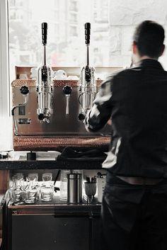 a barista at work | Peter Bagi
