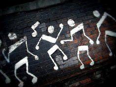 Que la música te acompañe siempre! #notasmusicales #bailarines #bailarinas