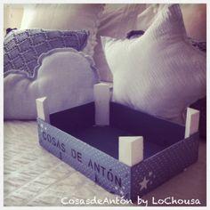 Cajas de frutas tuneadas by LoChousa Fruit Box, Pots, Baby Decor, Baby Room, Crates, Decoupage, Upcycle, Recycling, Weaving