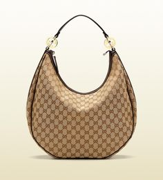 'GG twins' large hobo in beige/ebony gg fabric with dark brown leather trim. Adore the shape of this hobo! So much better than that fellow I saw riding on a train the other day. Hobo Purses, Gucci Purses, Hobo Handbags, Gucci Handbags, Replica Handbags, Purses And Handbags, Designer Handbags, Designer Bags, Gucci Hobo Bag