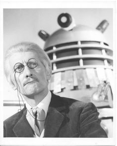 Peter Cushing-DR.WHO AND THE DALEKS (1965)