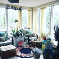 Martin Luther King, Jr. Day.... Deep thoughts in the confines of my sunroom. Blasting Pandora, cleaning and organizing, it's therapeutic for me. #create a #peaceful #place #interiordesign #myworldhaschanged #deepthoughts #peace #thankyou #freeatlast #fighting #again #beginagain #freedomfighters #standwithjohnlewis #atlanta #mlk ❤️ So much weighs on my mind. #marchingforward #socialgood #community #getittogether #humanity #writer #blogger #standtogether #itsallgood
