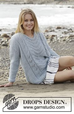Nimbus / DROPS – Free knitting patterns by DROPS Design - lochmuster sitricken Drops Design, Sweater Knitting Patterns, Free Knitting, Lace Sweater, Alpacas, Lace Patterns, Crochet Patterns, Pulls, Ideias Fashion