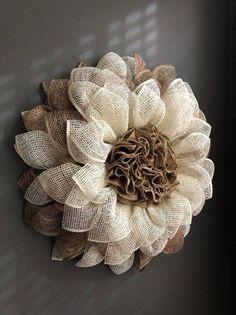 60 Easy DIY Outdoor Winter Wreath For Your Door Burlap flower wreath