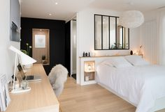 A family duplex at the Croix Rousse in Lyon – PLANETE DECO a homes world Source by lillyrosed Small Bedroom Designs, Modern Loft, Suites, Trendy Home, My New Room, Home Staging, Small Apartments, Room Inspiration, Bedroom Decor