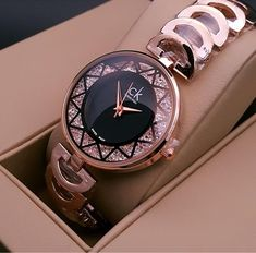 Watches For Girls Wrist Fancy Watches, Gold Watches Women, Expensive Watches, Rose Gold Watches, Elegant Watches, Beautiful Watches, Stylish Watches For Girls, Trendy Watches, Accesorios Casual