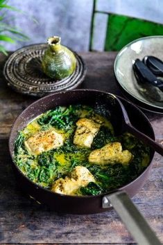 Fish curry with spinach Pureed Food Recipes, Fish Recipes, Veggie Recipes, Cooking Recipes, Healthy Recipes, Dinner Recipes, Punch Recipes, I Love Food, Good Food