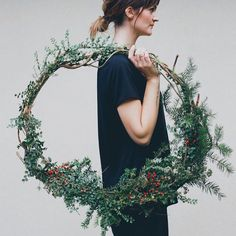 this year i really want to decorate my house with natural touches, with some simple items, pure for the holy night... and the main stuff i ...