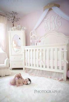 Taylor Cassiahu0027s Baby Nursery