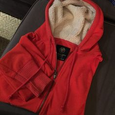 AE Fleece Zip Up Hoodie Super soft and cozy zip up hoodie. Worn, but loads of life left in it. Size Medium. American Eagle American Eagle Outfitters Sweaters