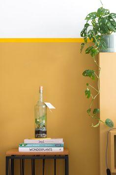 MY ATTIC voor vtwonen / The Green Bar / terrarium / hydrocultuur    Fotografie: Marij Hessel Garage Renovation, Floating Nightstand, Living Room, Lighting, Table, Inspiration, Furniture, Bar, Home Decor