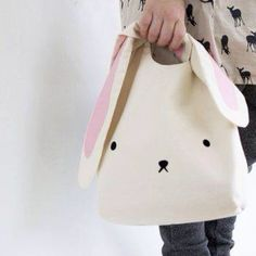 Egg Hunt Easter Bunny Bag easter bunny bag for childrenAre you interested in our easter bunny bag? With our easter bunny egg hunt you need look no further.Bunny purse, sooo cute, have to do it! Sewing Projects For Kids, Sewing For Kids, Sewing Crafts, Bunny Bags, Sewing Box, Sewing Tips, Sewing Ideas, Sewing Tutorials, Bags Sewing