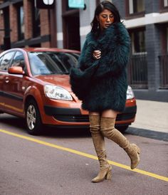 Green Fur, Perth, Fur Coat, Jackets, How To Wear, Life, Instagram, Fashion, Down Jackets