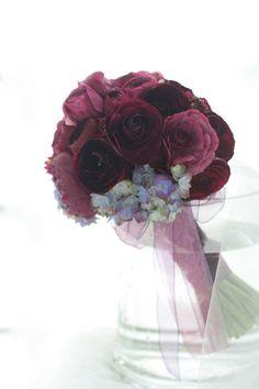 ミニブーケ 宵闇のラナンキュラス : 一会 ウエディングの花