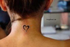 idee: Good vibes + hartje + anchor Tiny Heart Tattoo on Back of Neck