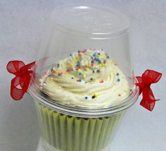 .so nice!! Cupcake Packaging Idea.... DIY Dome