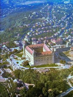 Bratislava, Retro Futurism, Europe, Mansions, Future, House Styles, Travel, Future Tense, Viajes