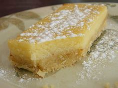 [ Lemon Crousti-fondant for the crunchy base: 150 g of flour 40 g of almond powder 125 g of melted butter 40 g of icing sugar for the cream 3 eggs the juice of 2 large lemons of powdered sugar 50 g of ricotta 180 ° c 20 min: Lemon Desserts, Köstliche Desserts, Delicious Desserts, Yummy Food, Sweet Recipes, Cake Recipes, Dessert Recipes, Food Cakes, Love Food