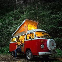 Guys I'm planning to go to California next March and trying to find a #vw #kombi #van to rent for a little road trip, any tips?? | photo by @petervan com #lifeofadventure chosen by @fabiooliveira @live2folk / #realfolklife / #shxxx hub ⠀⠀⠀⠀⠀⠀⠀⠀⠀⠀⠀⠀⠀⠀⠀⠀⠀⠀⠀⠀⠀