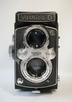 Yashica-D Medium Format Twin Lens Reflex Camera w/ Yashikor 80mm f3.5 #Yashica